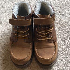 OshKosh boy's boots size 1M